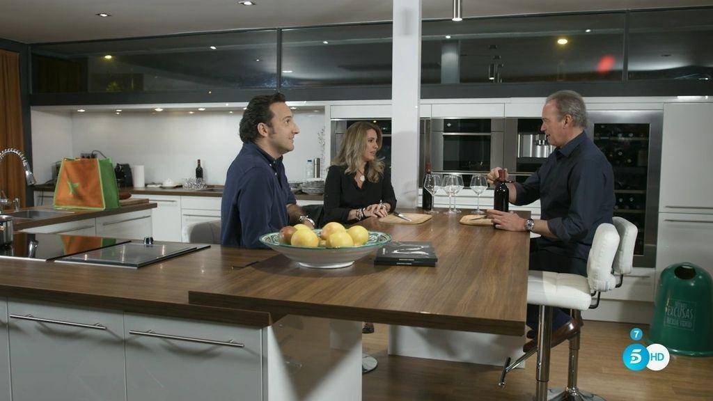 Bertín recibe a Iker Jiménez y Carmen Porter y escuchan psicofonías ...