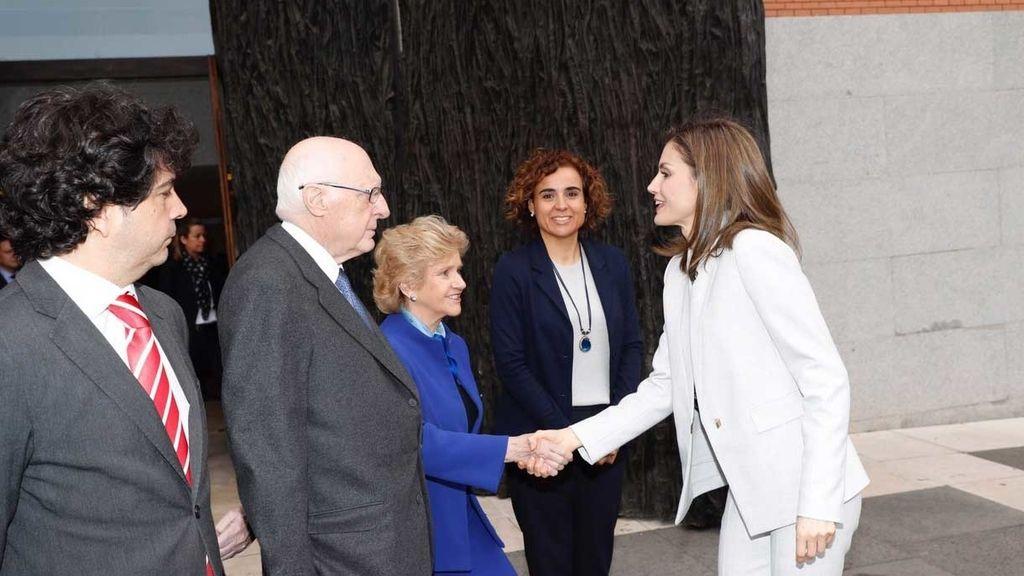 La reina en Museo del Prado en el Día de las Enfermedades Raras