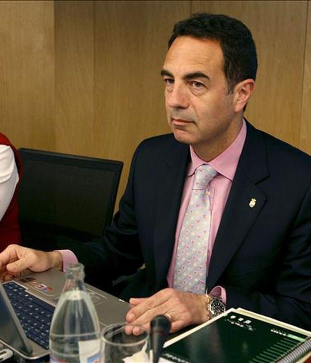 El delegado del Gobierno contra la Violencia de Género, Miguel Lorente. EFE/Archivo