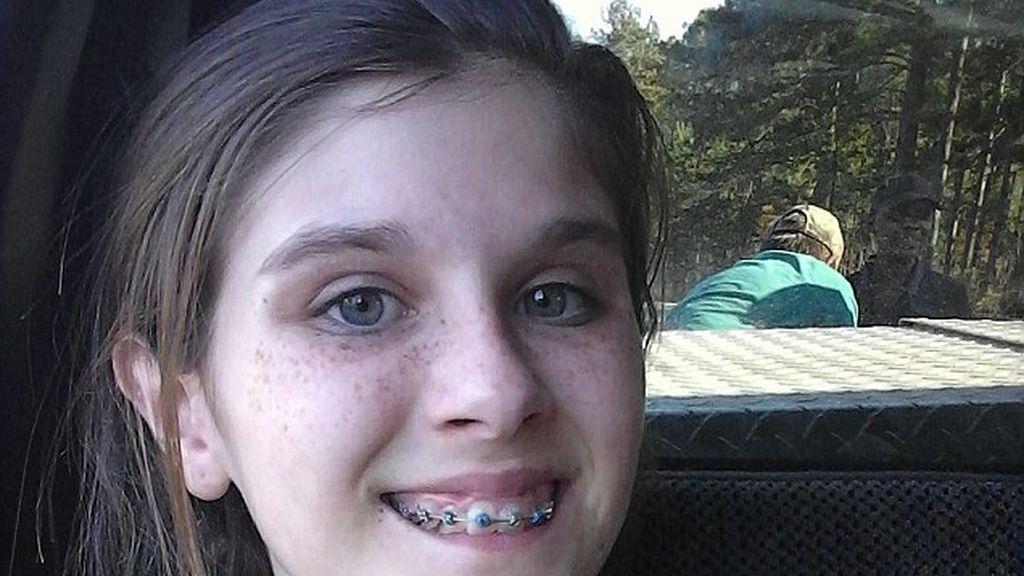 El fantasma que aparece en el selfi de una adolescente