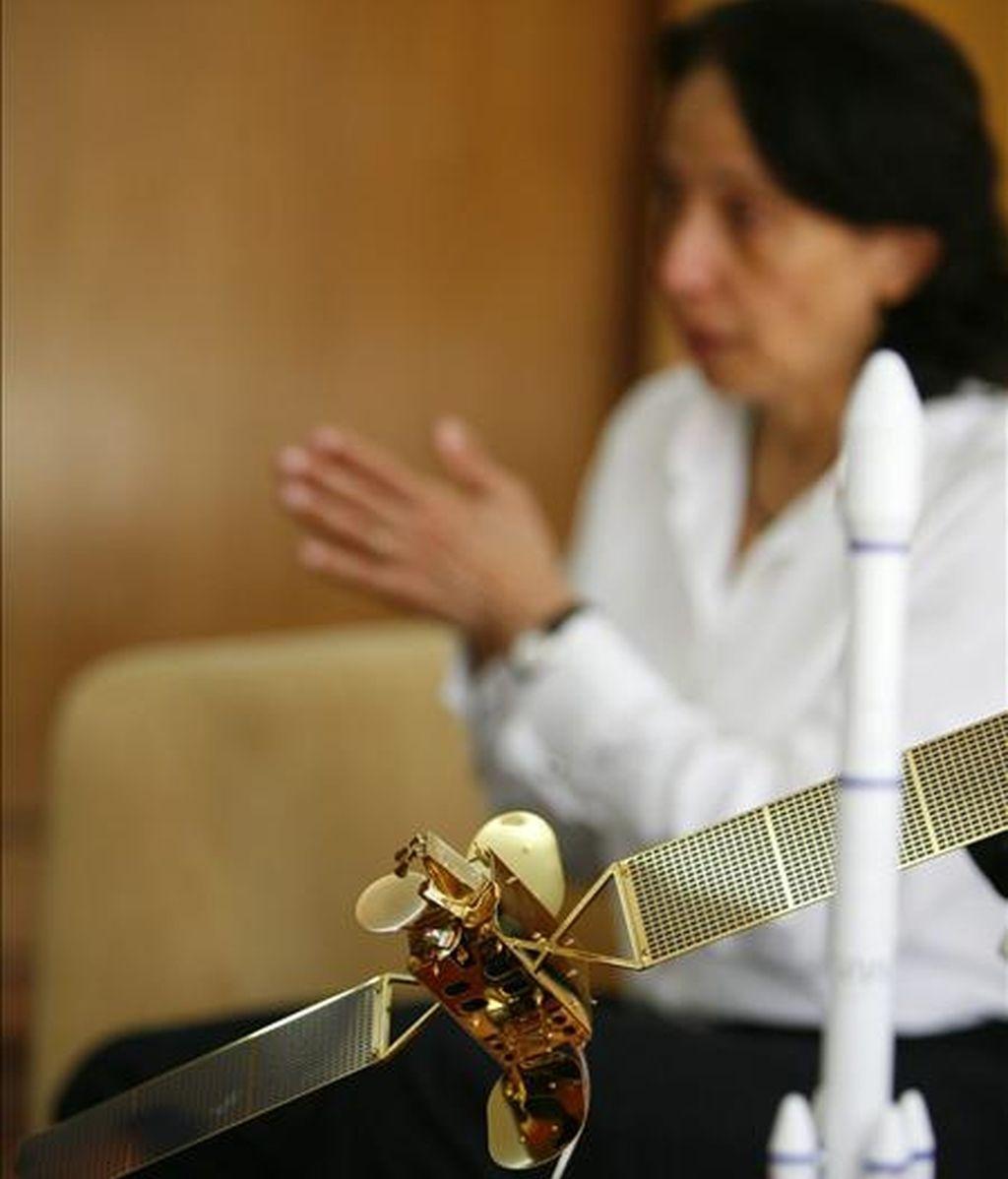 """La ministra de Ciencia y Tecnología de Venezuela, Nuris Orihuela, desempeño un papel importante en el proceso que culminó a principios de año con el lanzamiento del satélite """"Simón Bolivar. EFE/Archivo"""