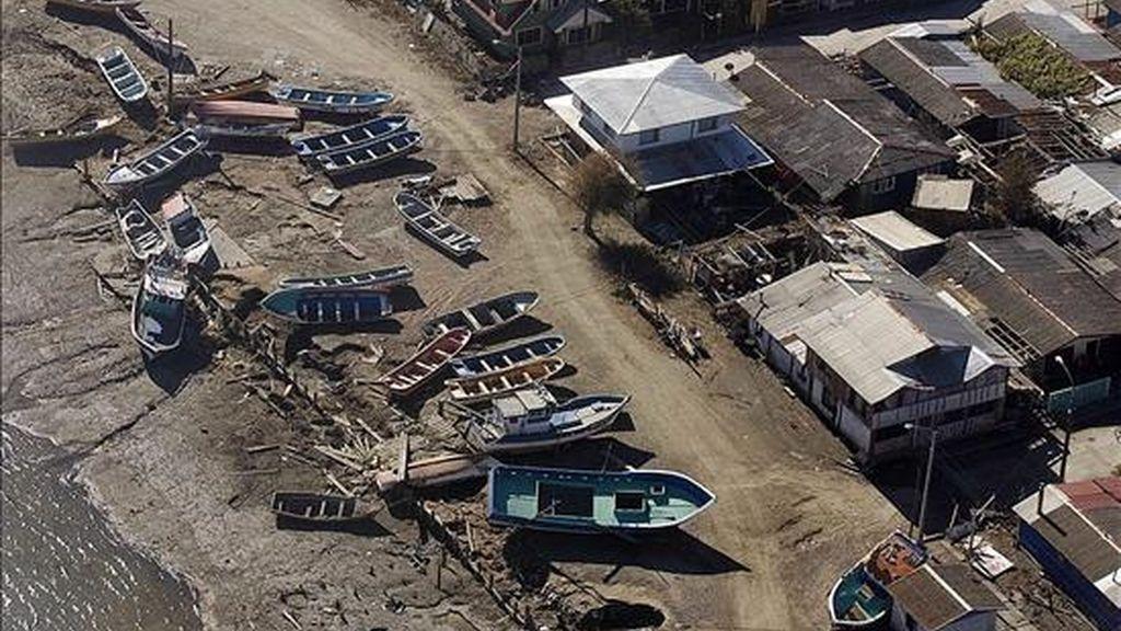 El sismo de 8,8 grados Richter que el 27 de febrero sacudió el centro y sur de Chile provocó 521 muertes y daños materiales avaluados en 30.000 millones de dólares, según el Balance Preliminar de la economía regional presentado por la Cepal. EFE/Archivo