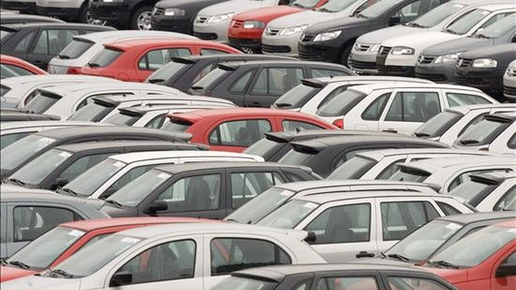 Según los datos de la Asociación de Fábricas de Automotores (ADEFA), las terminales produjeron en enero 18.720 unidades, un 29,9 por ciento menos frente a diciembre último. EFE/Archivo