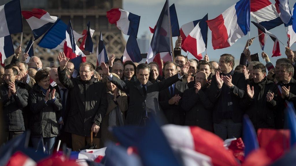 Concentración de apoyo a Fillon