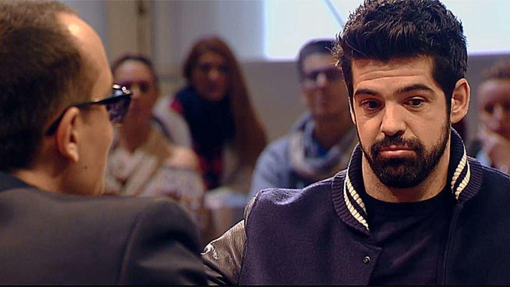 """Miguel Ángel Muñoz: """"No me beso con mis parejas en público por miedo a que nos vean"""""""