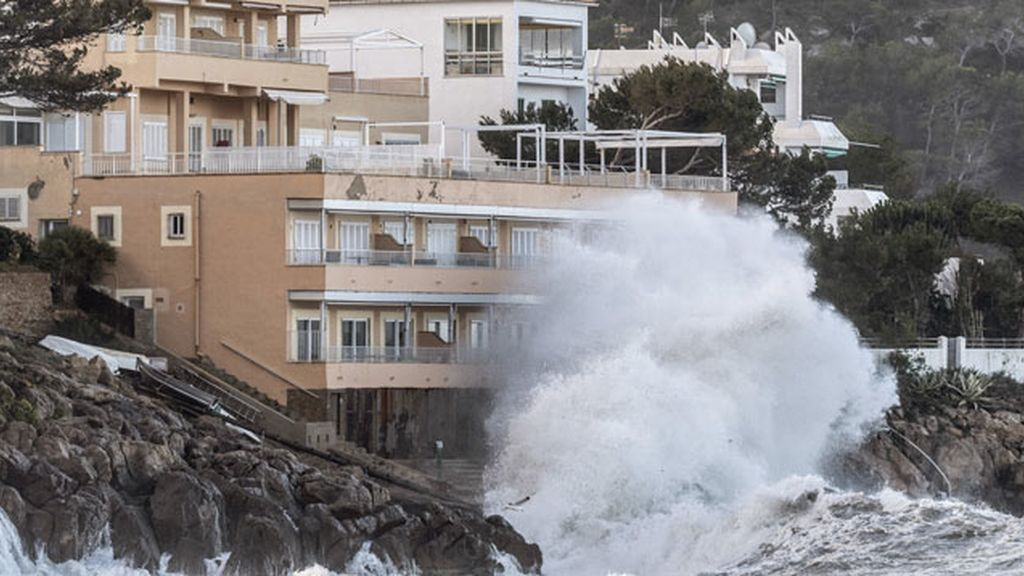 Alerta en 11 provincias por rachas de viento de 100 Km/h