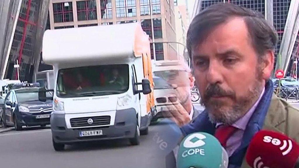 Hazte Oír sacará nuevo autobús y demanda a Carmena, Maestre y Barbero