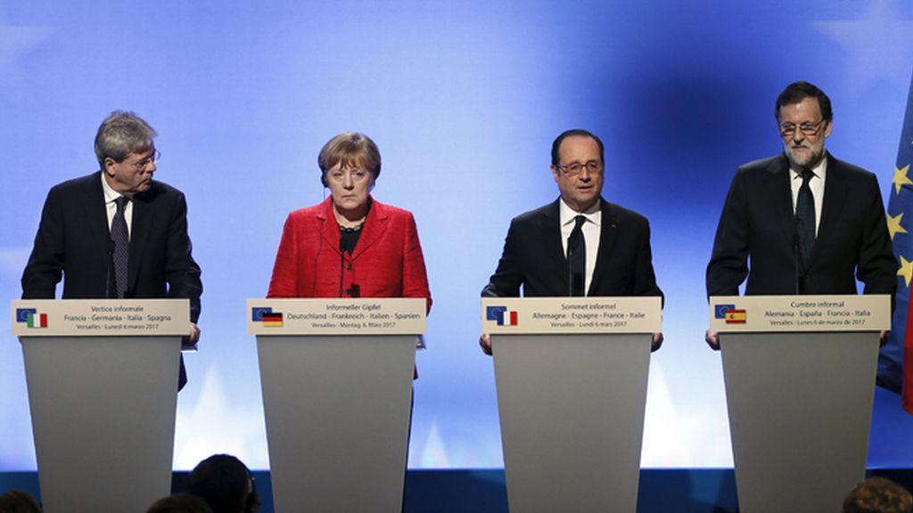 """Merkel y Hollande piden """"aceptar"""" que algunos países puedan avanzar """"más rápido"""""""
