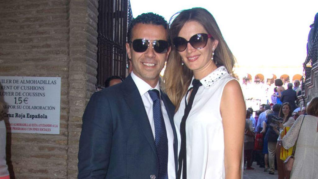 El torero Víctor Puerto con su mujer Noelia Margotón