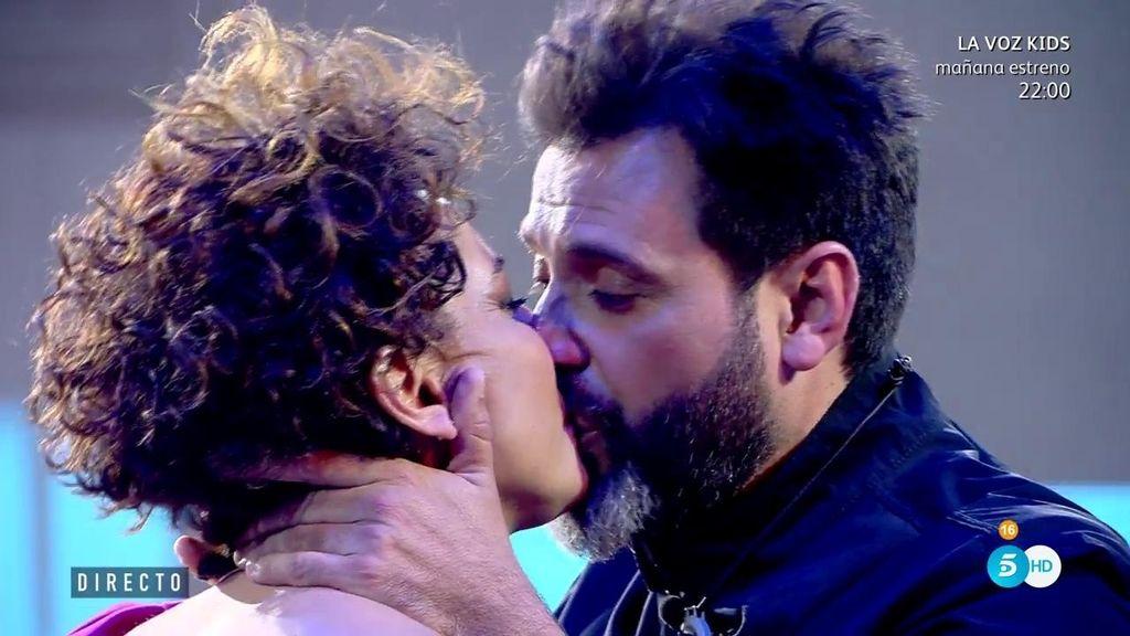 Irma Soriano y su marido Mariano protagonizan un reencuentro de película 💘