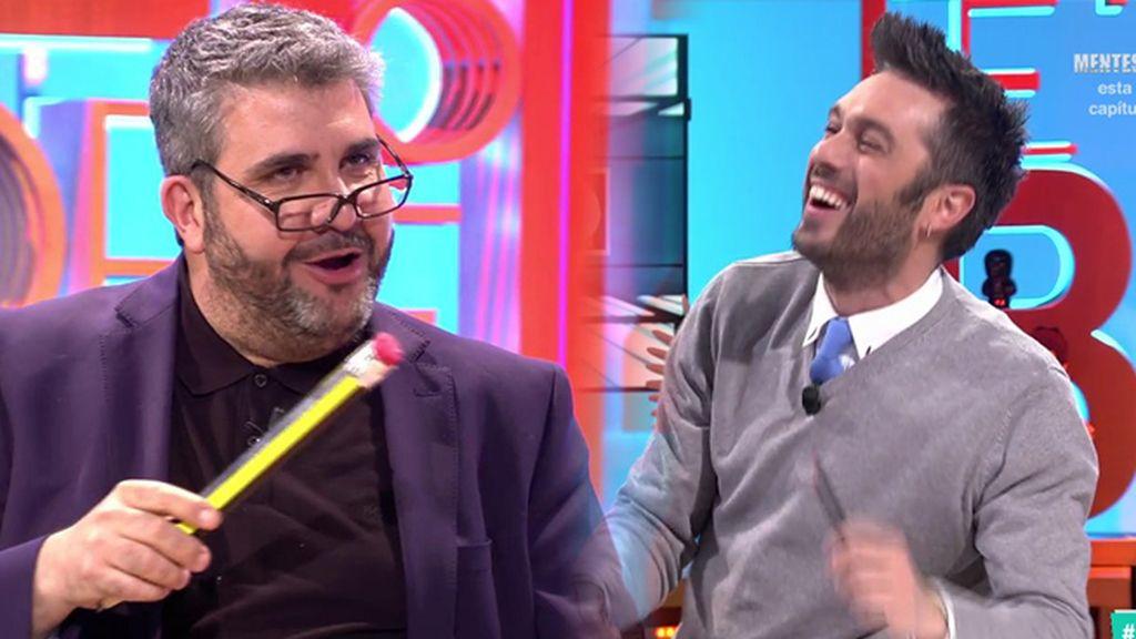A Dani Martínez le entra la risa floja con el editorial de Pablo Pablete