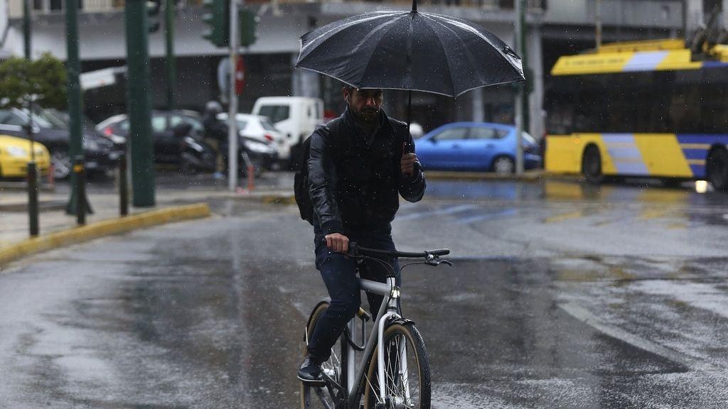 Lluvia en Atenas