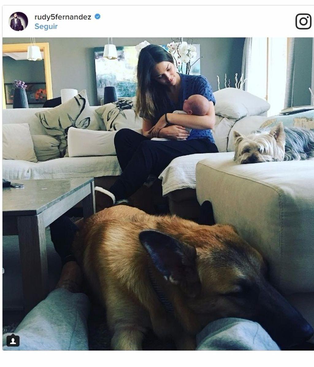 Con Alan, Helen y sus perros Bella y Denver: ¿qué más puede pedir Rudy Fernández?