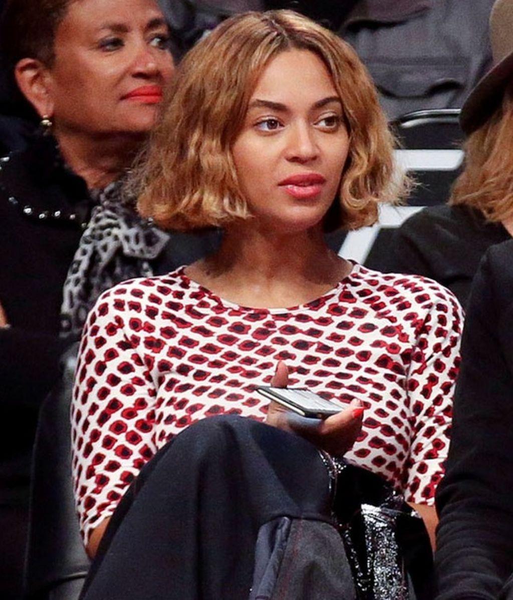 Nuevo capítulo en el cabello de Beyoncé: ahora luce un corte 'bob' ondulado