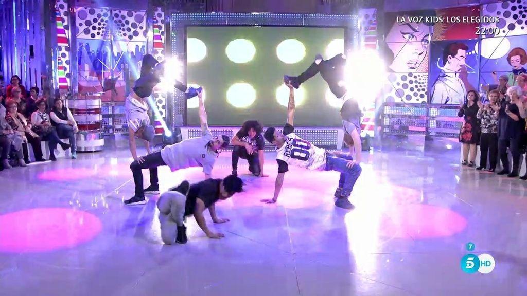 'Madrid Frao', finalistas de 'Got Talent', deslumbran en el plató de 'Sálvame'