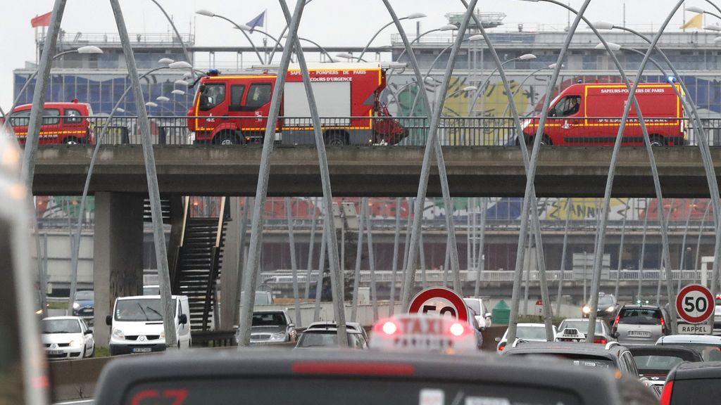 Las imágenes del suceso en el aeropuerto de París Orly