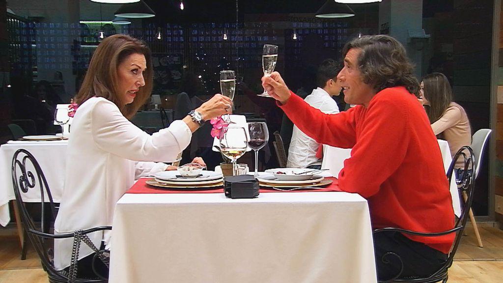 Los ricos también aman First Dates