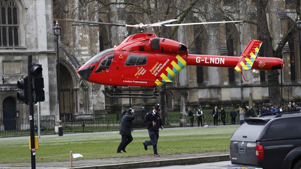 Pánico en las inmediaciones del Parlamento Westminster, Londres