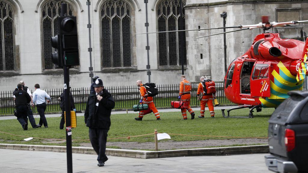 Pánico en las inmediaciones del Parlamento de Westminster, Londres