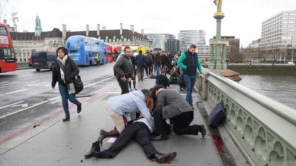 Ataque terrorista al parlamento británico