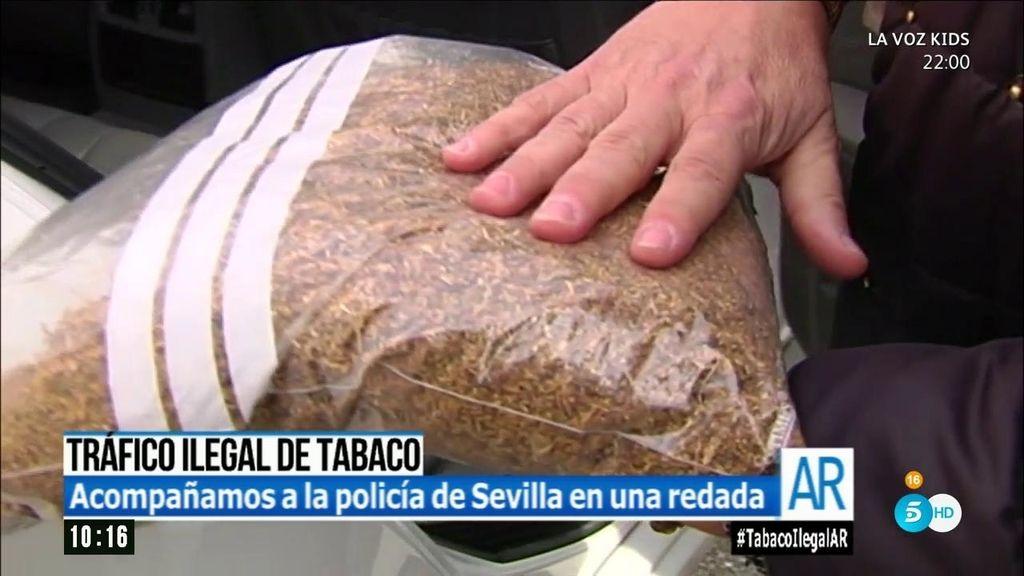 'AR' acompaña a la policia de Sevilla en una redada contra el tabaco ilegal