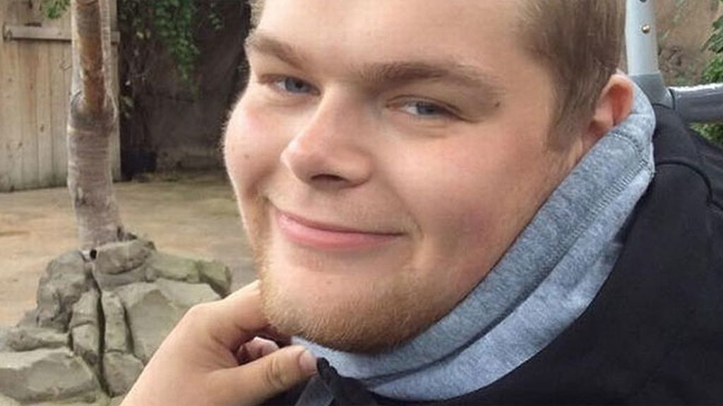 Un joven muere sin que se cumplan sus últimas voluntades por culpa de Apple