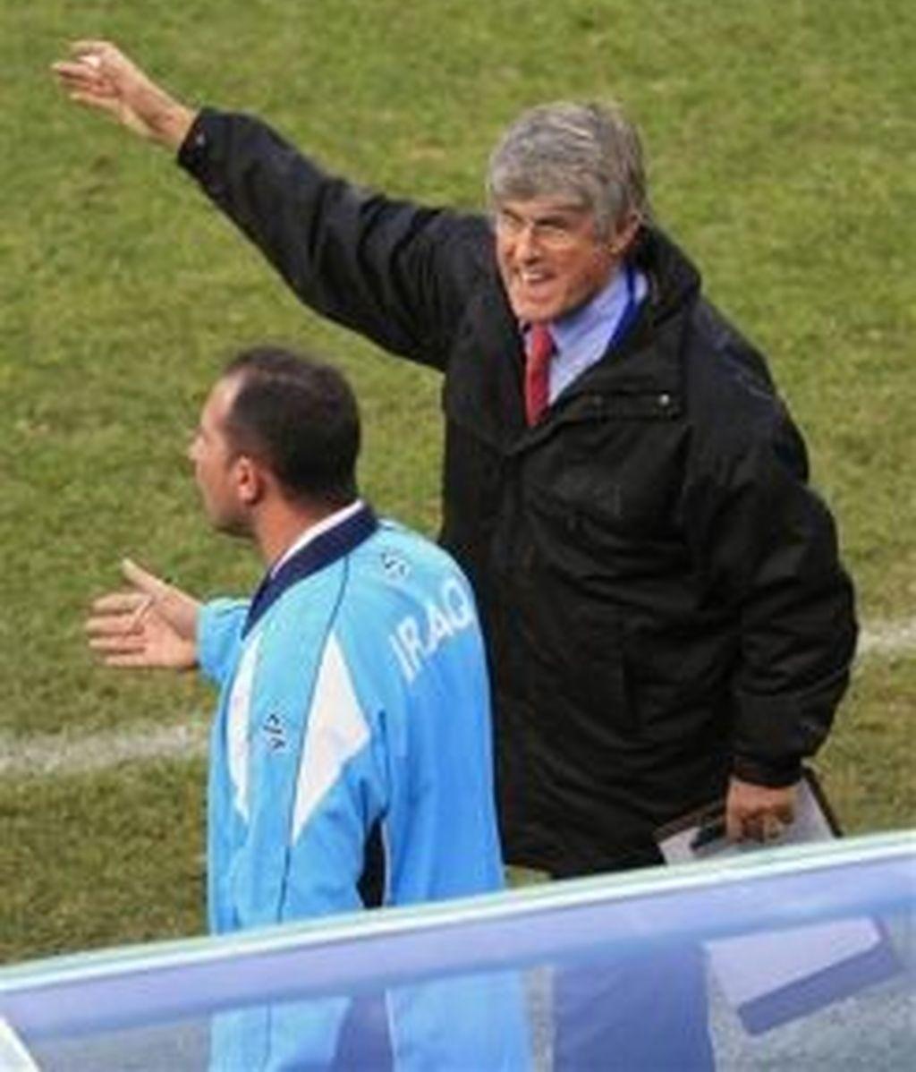 Bora Milutinovic, durante el partido ante España. Foto: AP