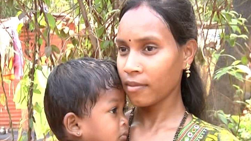 Madre salva a su hijo de un leopardo