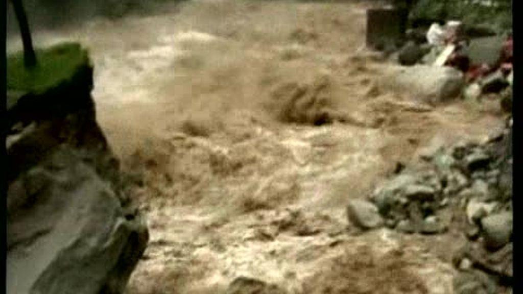 Las inundaciones en Perú continúan