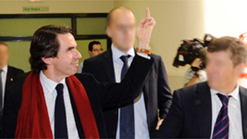 Aznar y su 'peineta'