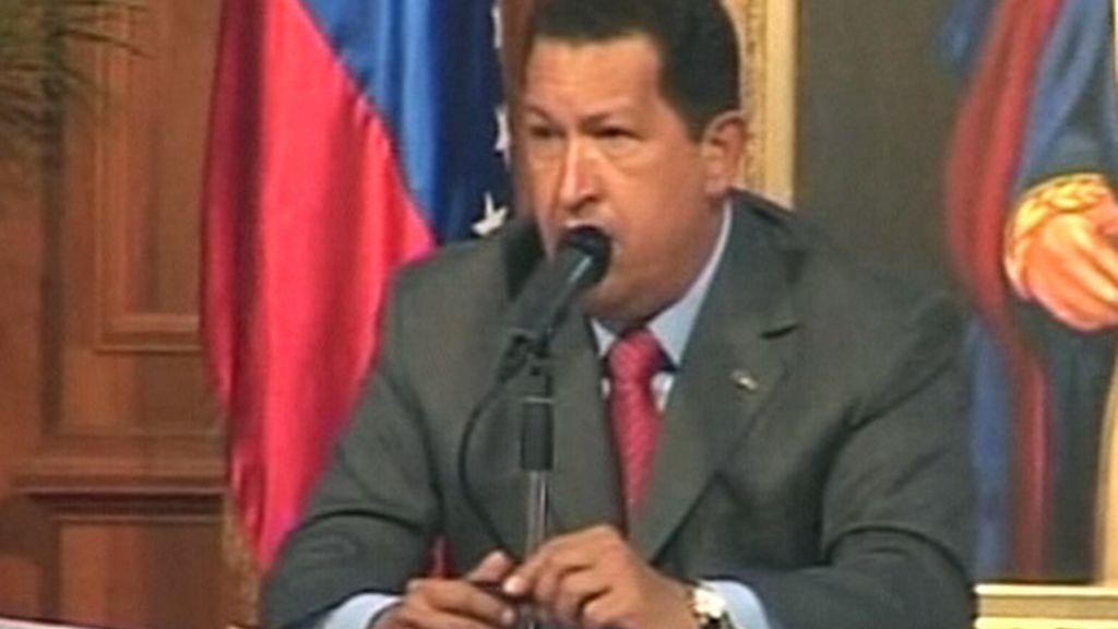 El Santander se ve forzado a vender a Chávez su filial en Venezuela