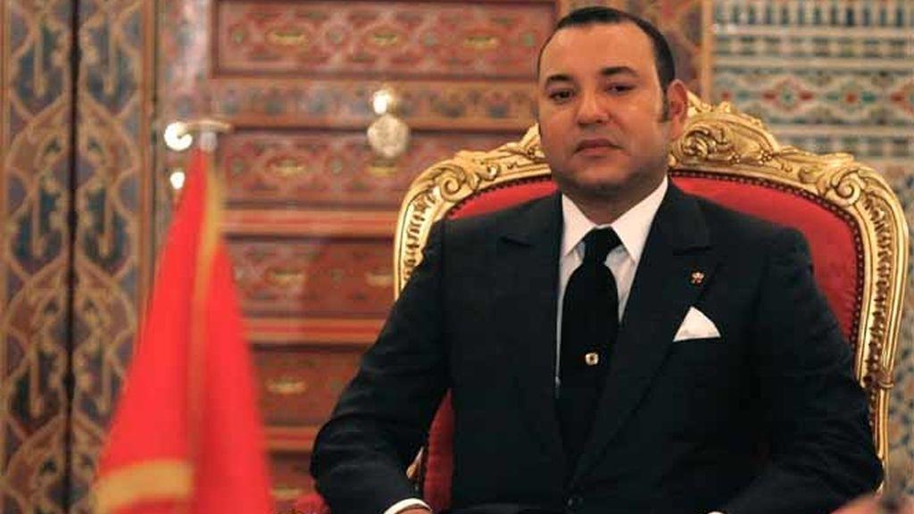 El Rey de Marruecos, Mohamed VI, asiste a una ceremonia de firma en el Palacio Real de Marrakech