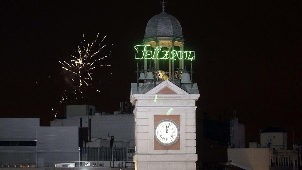 Madrid recibe con las tradicionales campanadas el 2014