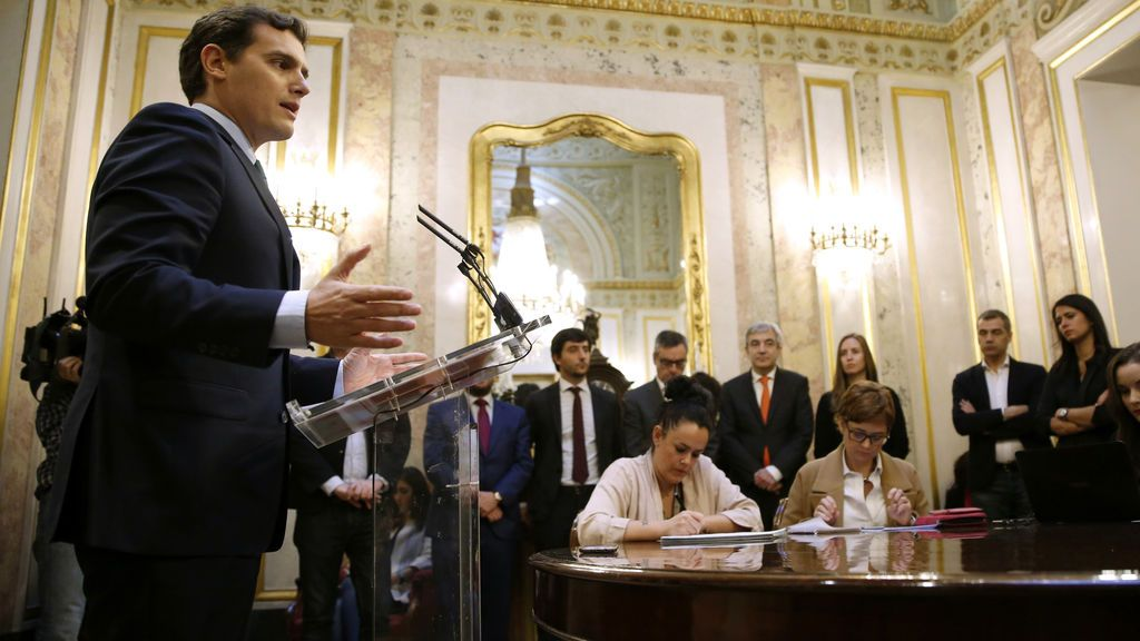 """Rivera pacta con el Gobierno unos Presupuestos con 4.100 millones para """"la clase media trabajadora y modernizar España"""""""
