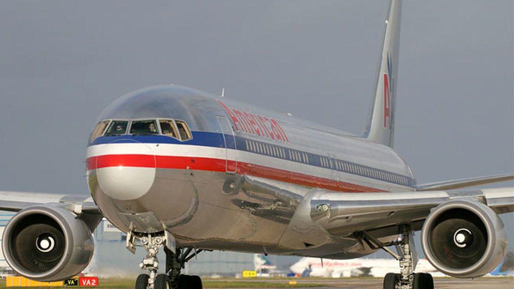 Muere el copiloto de un avión poco antes del aterrizaje