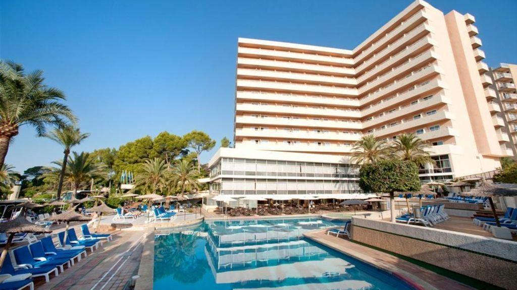 Muere un joven al caer desde un décimo piso de un hotel de Mallorca