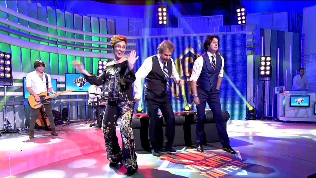 El original baile de Lola, Bigote y Poty ¡con beso sorpresa incluído!
