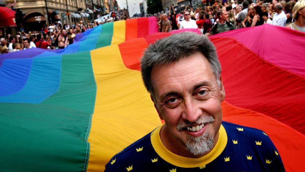 Muere Gilbert Baker, el autor de la bandera arcoiris