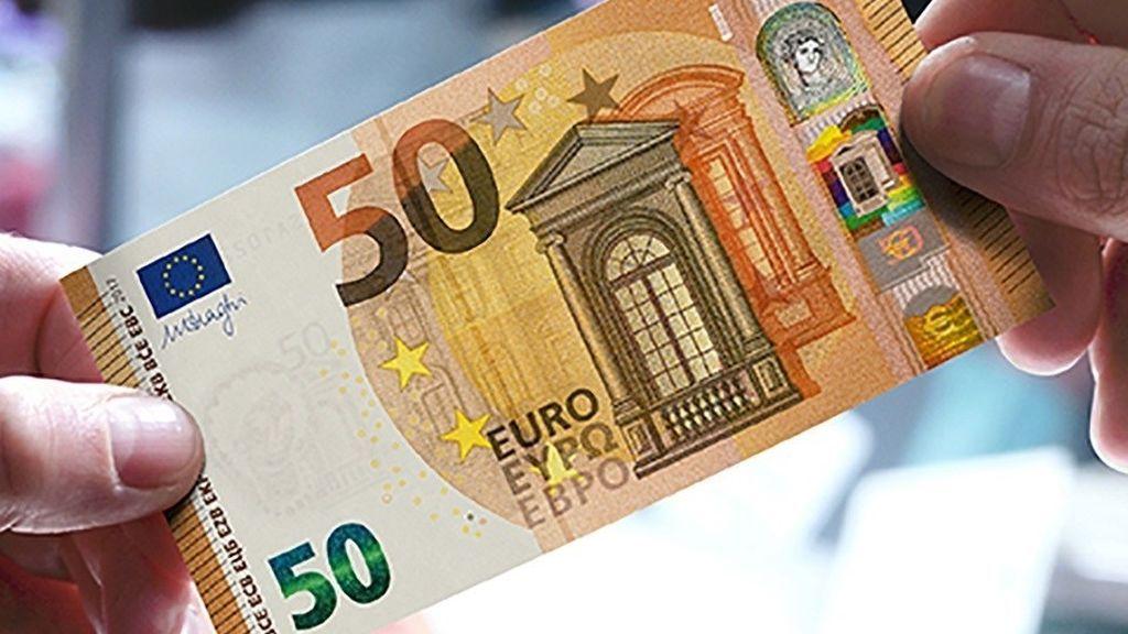 El nuevo billete de 50 euros entra este martes en circulación