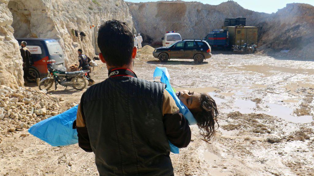 58 personas han muerto, entre ellas 11 niños, en un supuesto ataque químico