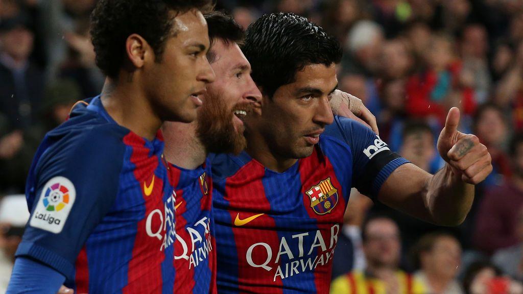 Messi se divierte y el Barça le da un meneo al Sevilla en el Camp Nou