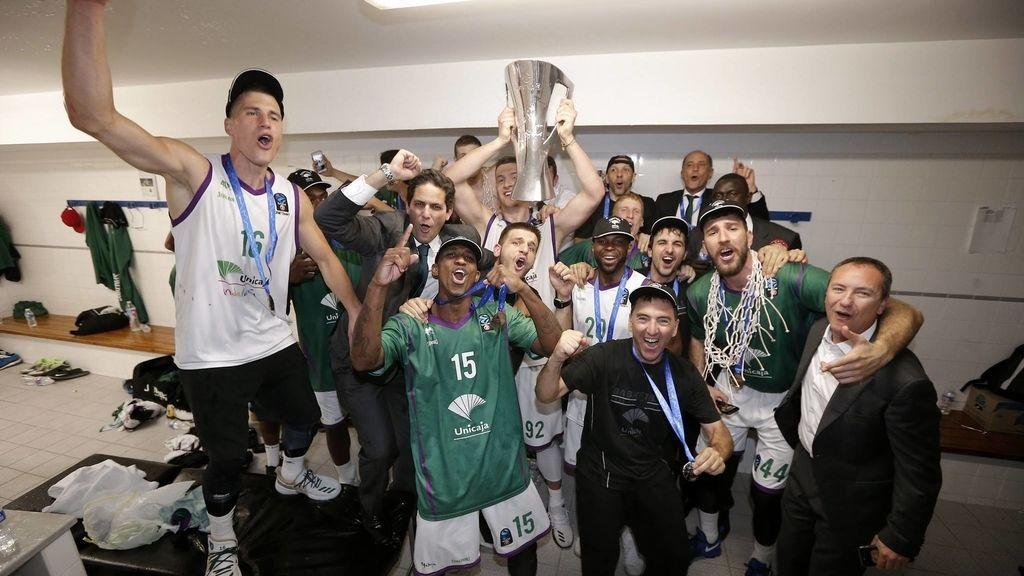 Unicaja remonta con épica en Valencia y conquista la Eurocup