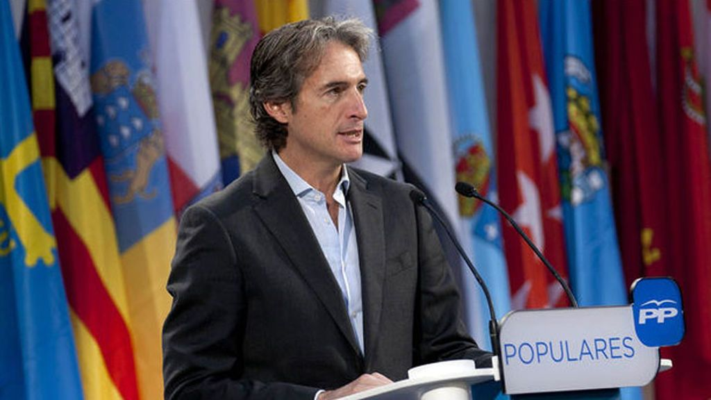 """El ministro de Fomento dice que debe cerrar """"urgentemente"""" la reforma de la estiba"""