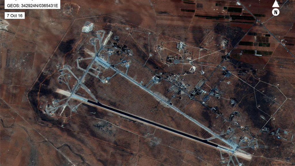 La base siria bombardeada por EEUU