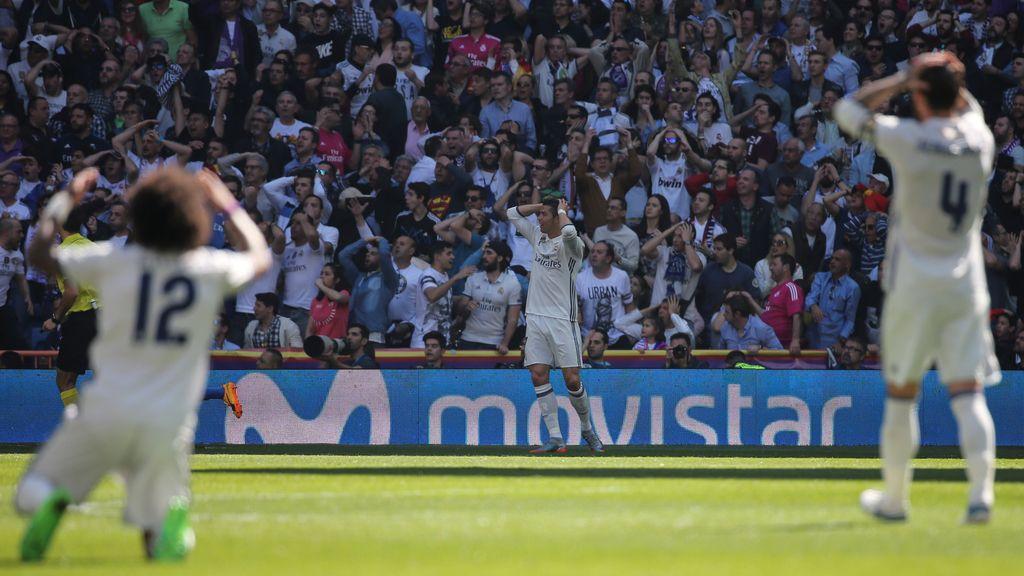 Las mejores imágenes del derbi madrileño: De la victoria blanca a la euforia rojiblanca