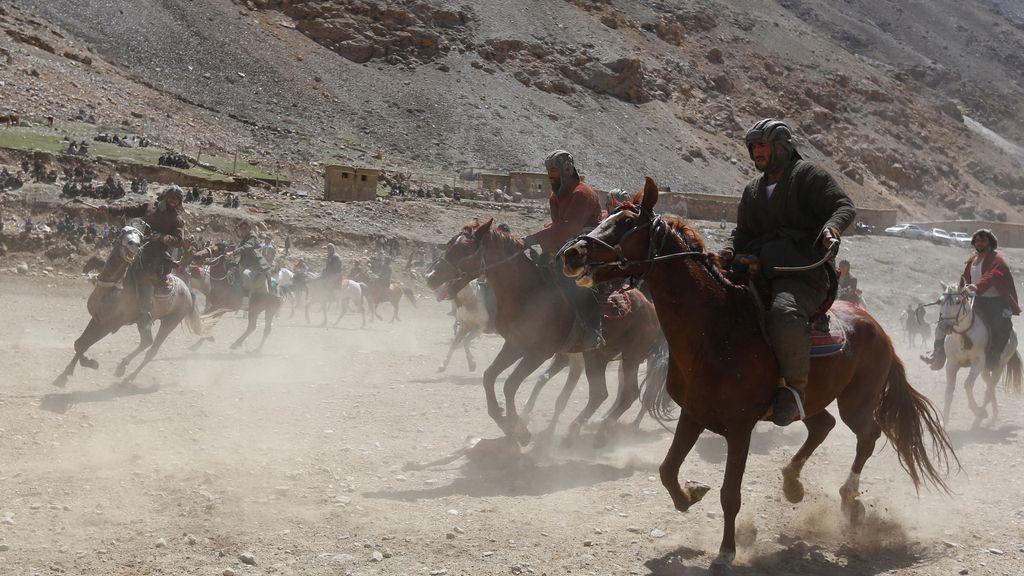 Carreras de caballos afganos