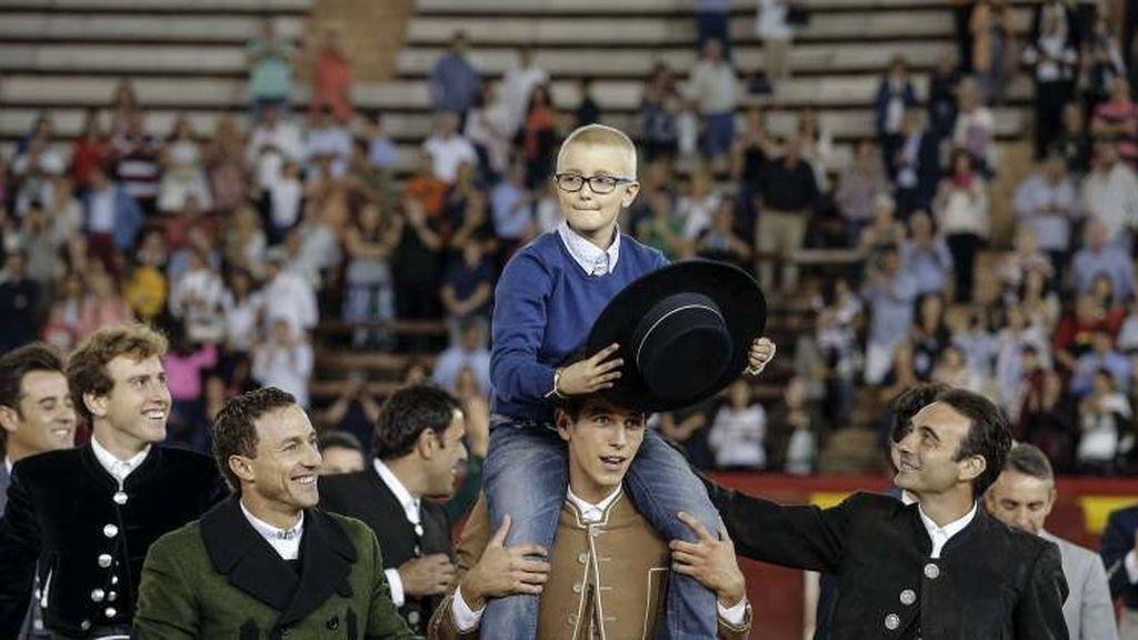Una misa funeral para despedir a Adrián Hinojosa, el niño que quería ser torero