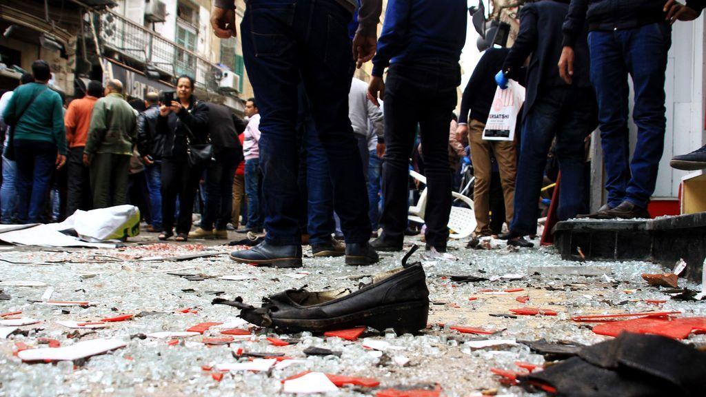 Al Sisi decreta tres días de luto y ordena el despliegue del Ejército para proteger lugares clave
