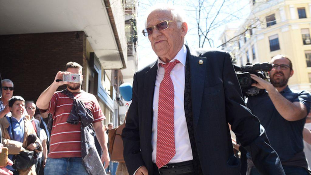 Familia, políticos y amigos se despiden de Carme Chacón: la capilla ardiente en Ferraz