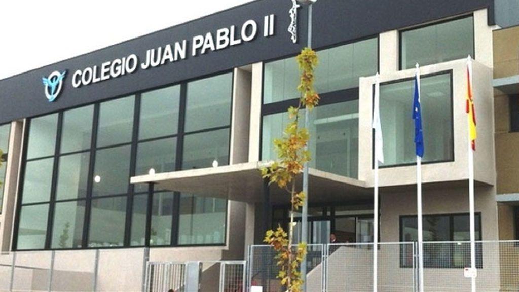 Talleres de ganchillo para niñas y visitas al Bernabéu para niños en un cole de Madrid
